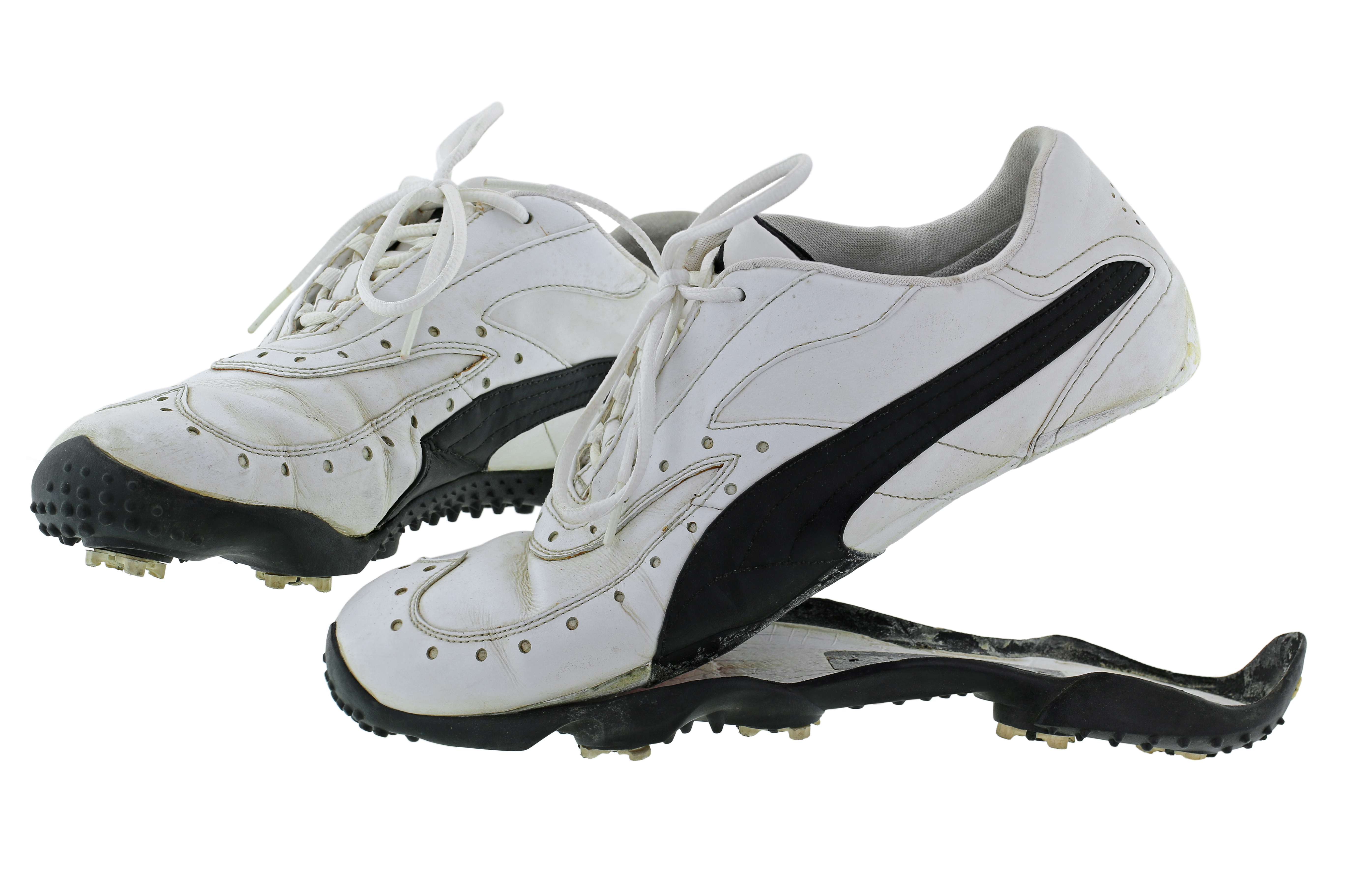 4ef57e4d8655 The Search For Perfection  How to Choose The Best Golf Shoes for Men ...